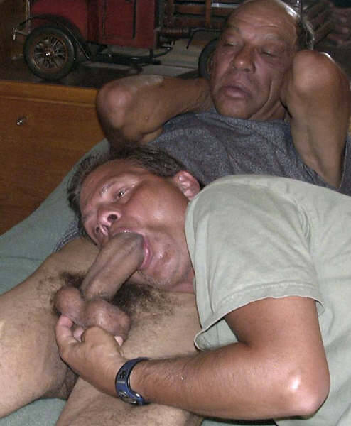Gay gangbang free xxx sex pictures
