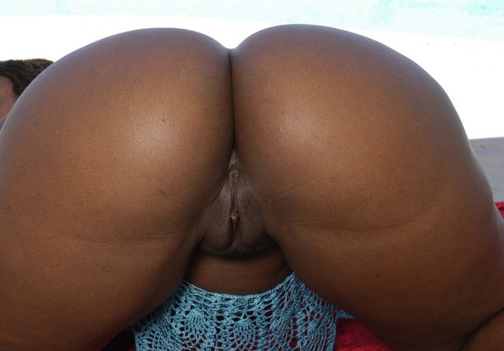 Busty ebony escort london