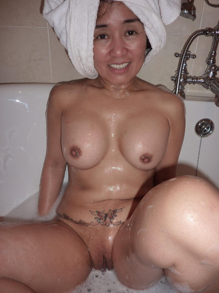 Asian with big tits gets