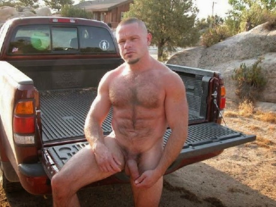 Clip free gay hunky man pic studly